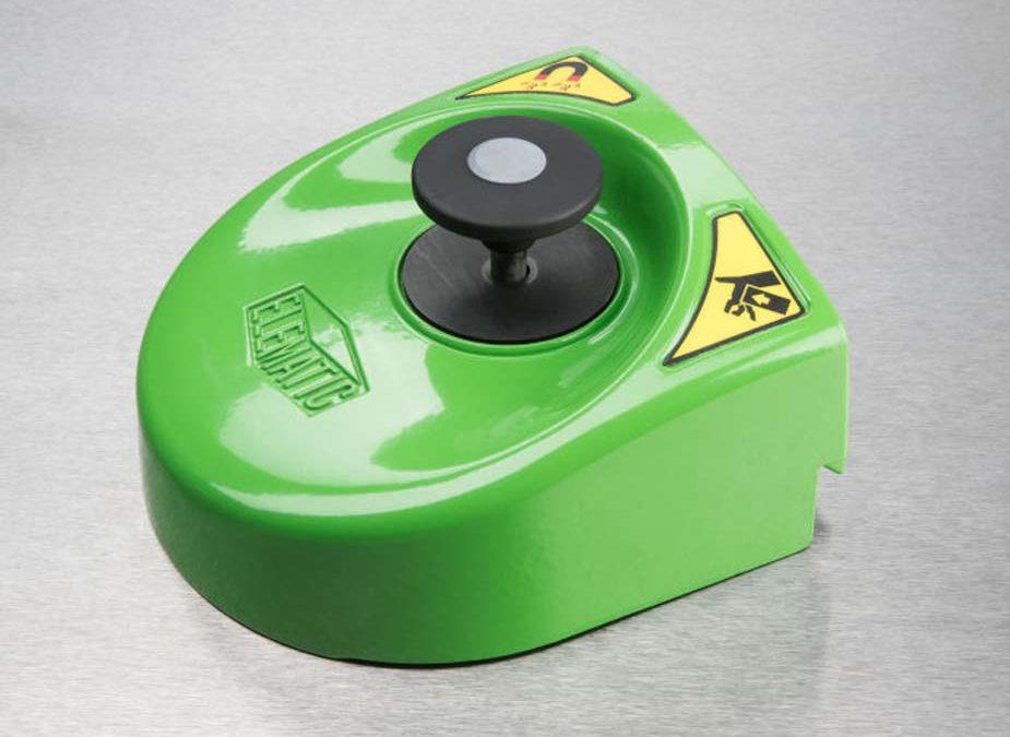Elematic Push-Button Magnet